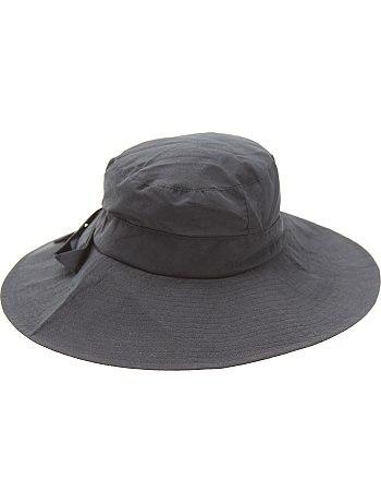 chapeau femme 57