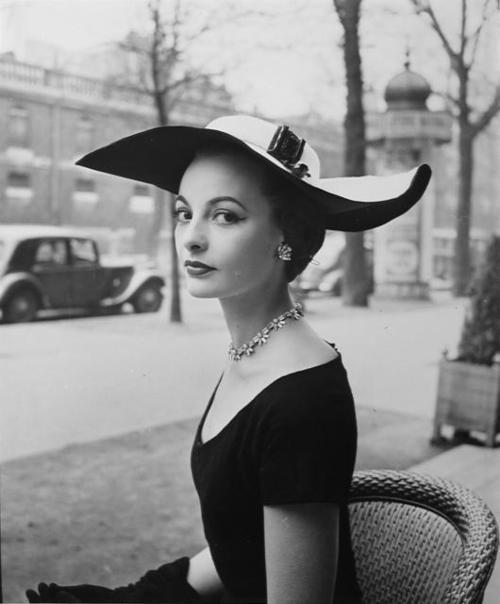 chapeau femme des annees 50